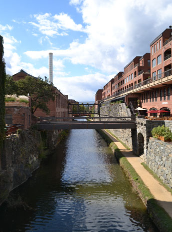 View of C&O Canal from bridge on Wisconsin Ave., Georgetown, D.C.