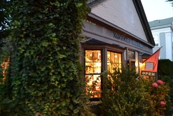 Nantucket Bookworks, Broad St., Nantucket, Ma.