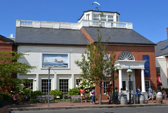 Nantucket Whaling Museum, Broad St., Nantucket, Ma.