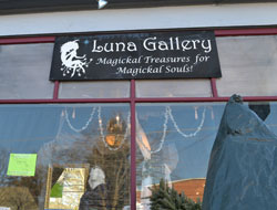 Luna Gallery, Main St., White Mtn. Hwy., North Conway, N.H.