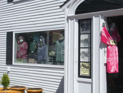 RO's Shirts by the Shore, Shore Rd., Ogunquit, Maine