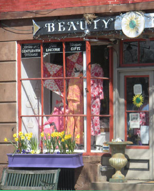Beauty and the Bath, West Main St., Wickford, R.I.